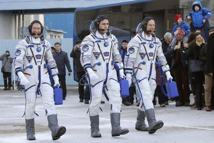 astronautas-750x500